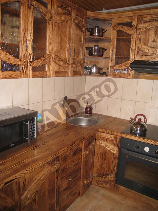 Кухонный гарнитур из массива. Артикул: веб-00009