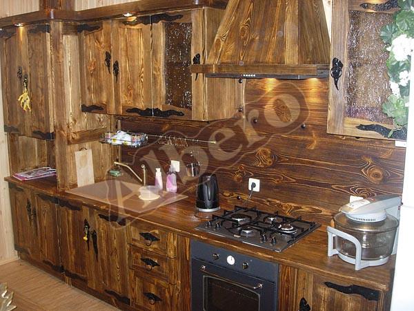 Кухонный гарнитур из массива. Артикул: веб-00010