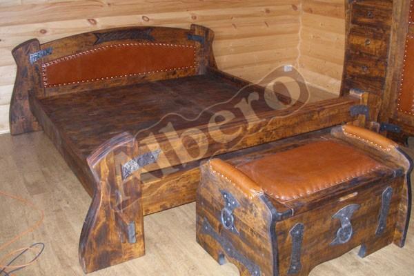 Кровать и комод из массива дерева. Артикул: веб-00028