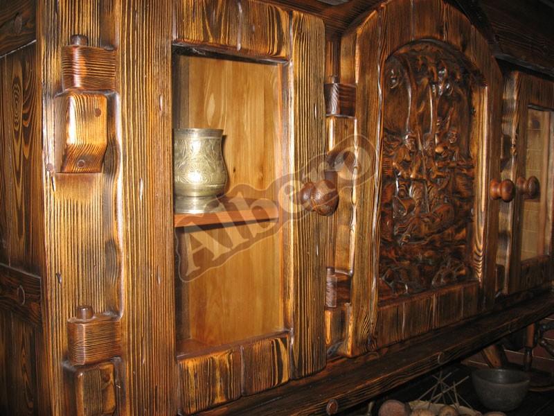 Навесные шкафы из массива дерева. Артикул: веб-00029