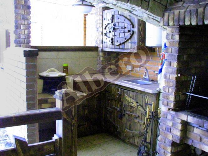 Уличная кухня для беседки, веранды из массива дерева. Артикул: веб-00031