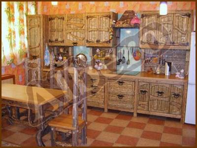 Кухонный гарнитур из массива дерева. Артикул: веб-00040