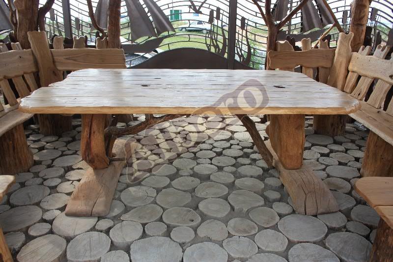 Уличный стол из массива. Артикул: веб-00094